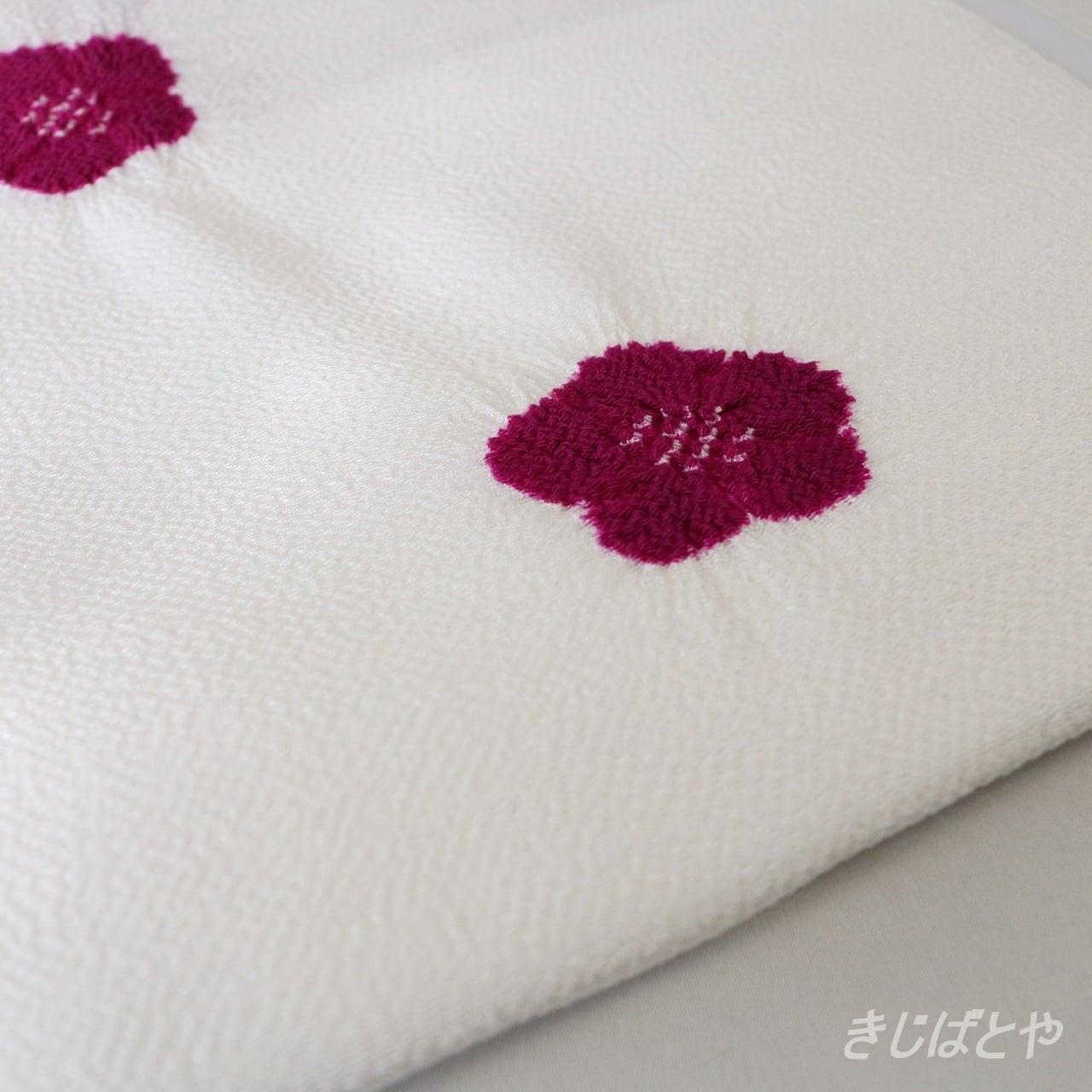 正絹ちりめん 白地に梅絞りの帯揚げ 紅紫