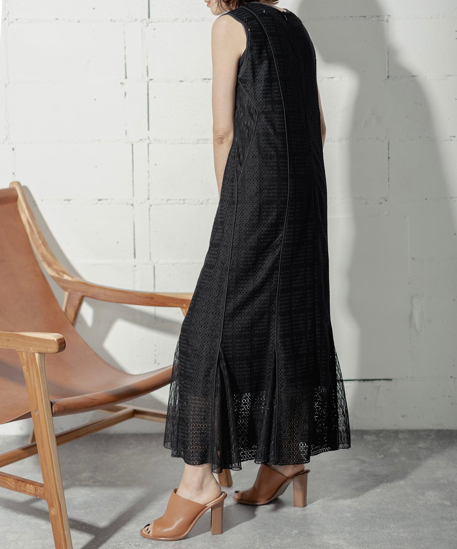 VINTAGE LACE DRESS  (BLACK)