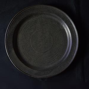 音喜多美歩 Miho Otokita 鉄釉 7寸リムプレート