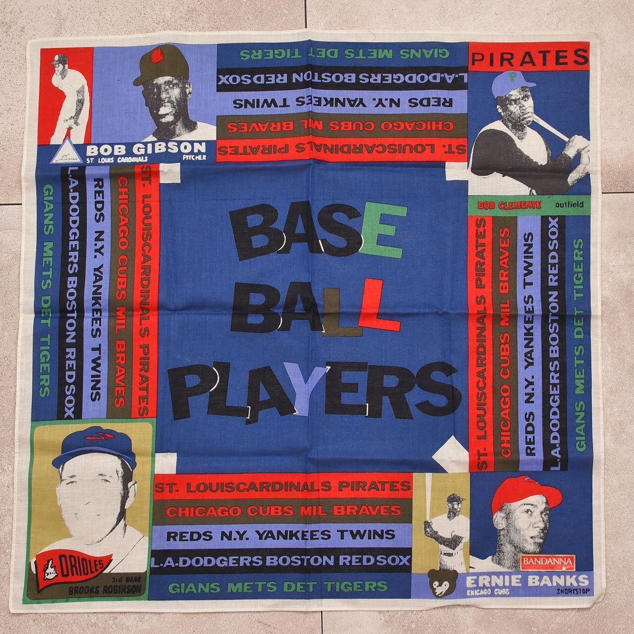 Deastock MLB legend players print vtg bandana