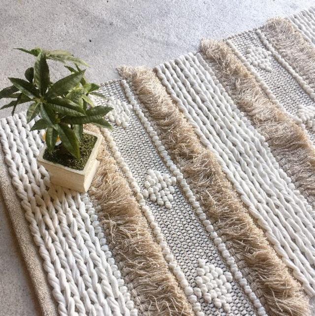 TOPANGA Homefurnishing  手織りのコットンスモールマット ベニメラル 60×90cm