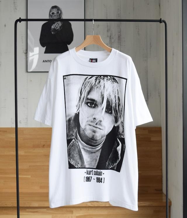 VINTAGE 90s BAND T-shirt -Kurt Cobain-