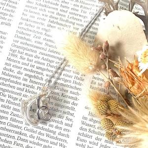 水晶のワイヤーアートネックレス