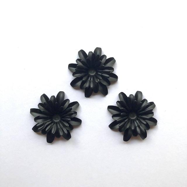 黒マットなお花のカボション