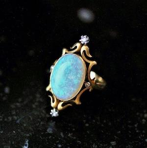 Opal & Diamond Gold Ring circa 1900 オパール&ダイヤモンド ゴールドリング