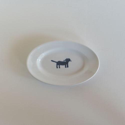 【トラネコボンボン 】猫の楕円皿(小)