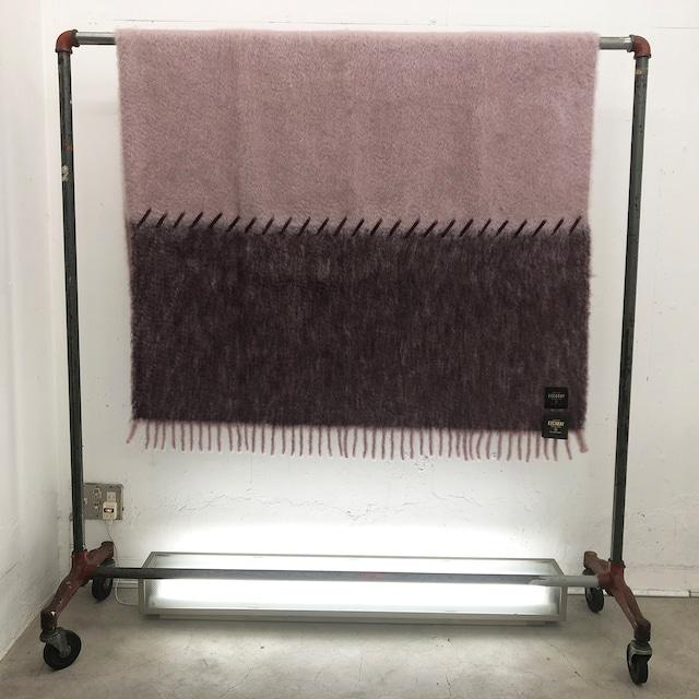 MANTAS EZCARAY_Blanket_Stitching : ST-18