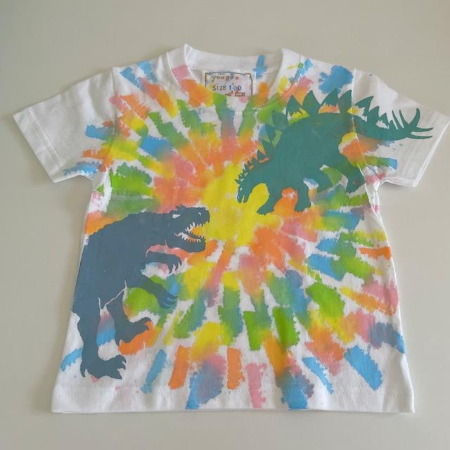 受注制作 kidsTシャツ「ステゴサウルスvsアロサウルス タイダイ風 カラフル染め」100cm~140対応