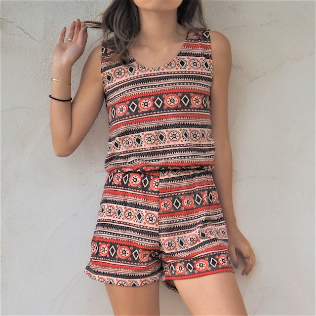 Back Lace-up Rompers《RED》17383003
