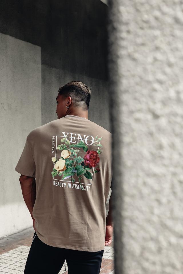 XENO FRAGILITY T-SHIRT LightMocha