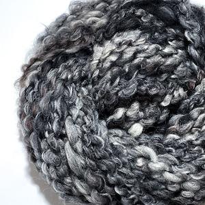 Cloud yarn -No.23 / 53g-