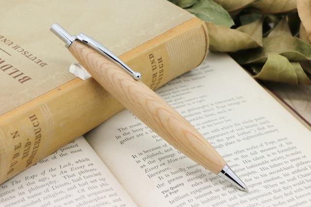 「Luna Pencil Ⅱ 0.5mm・琥珀の飴色 老木松の肥松/コエマツ」 Viriditas手作りシャープペンシル