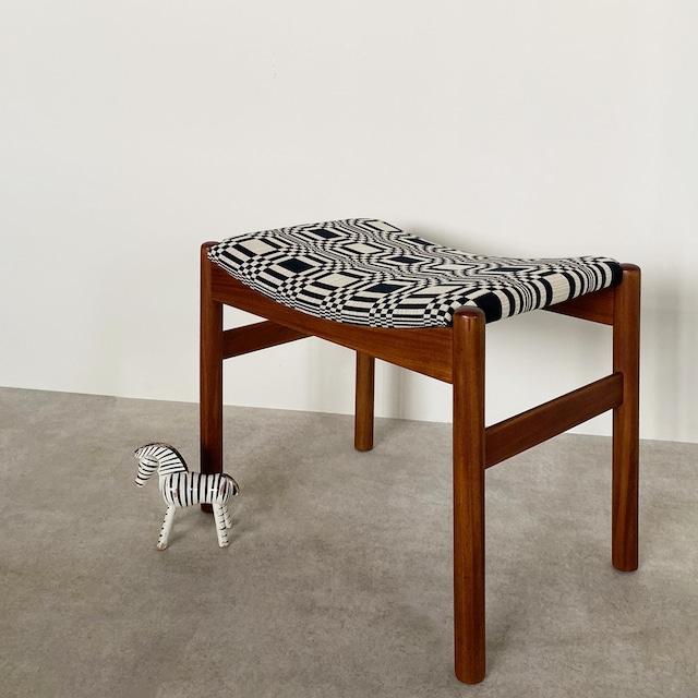 Foot stool / CH020