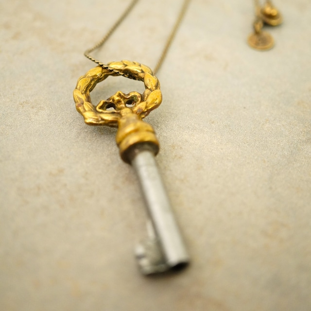 【FRENCH ANTIQUE】KEY CHARM NECKLACE / AB