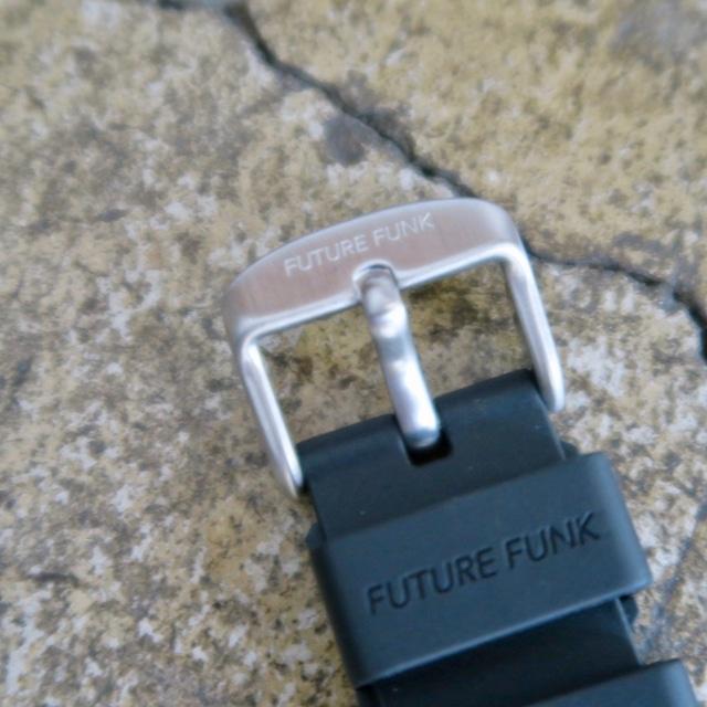 FUTURE FUNK( FF104-SV-RB )SILVER