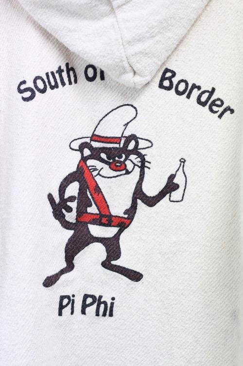 90's Pi Beta Phi rug parker