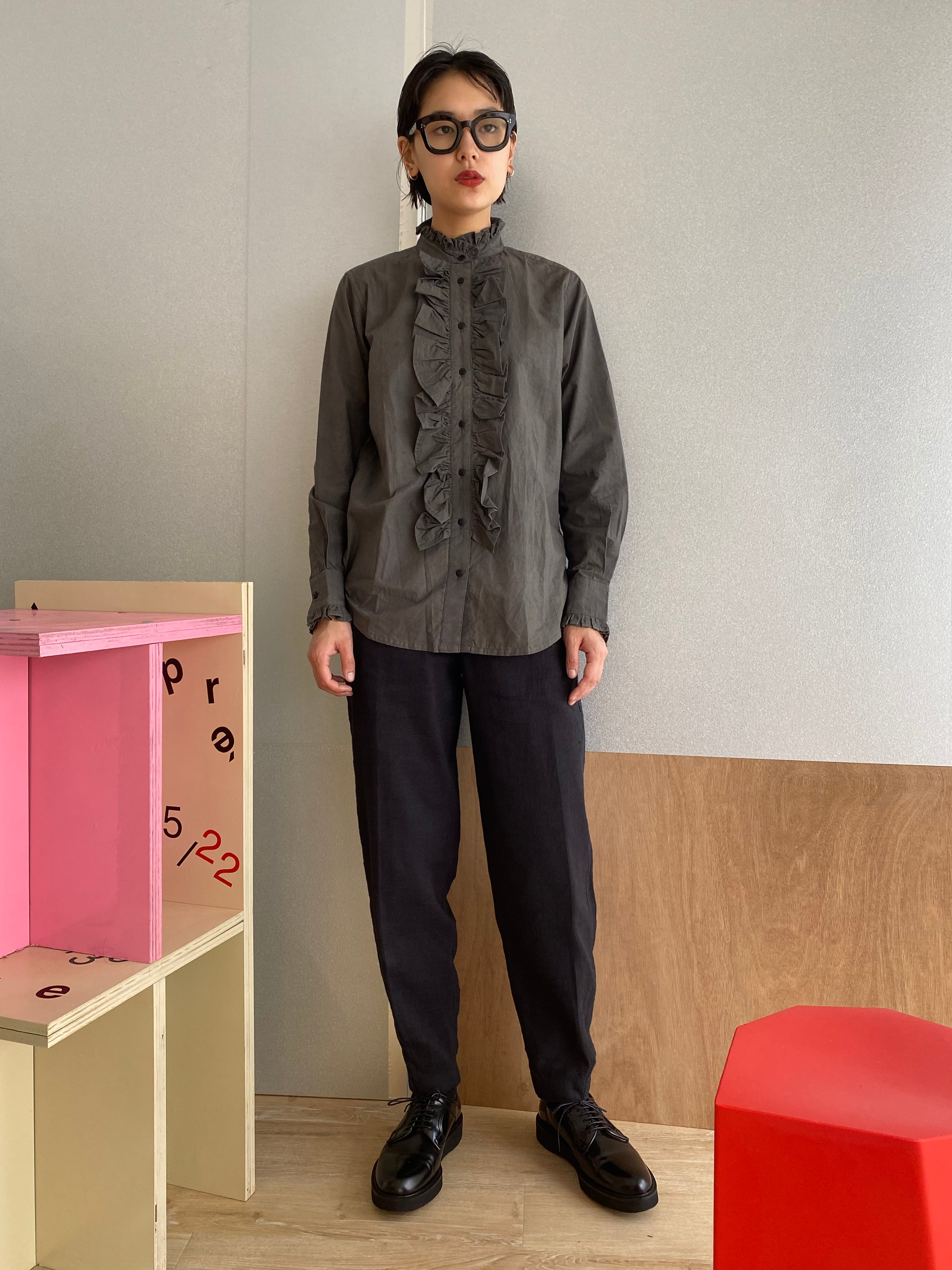 """Frill Blouse """"black kassis"""" Natural dyed, organic cotton"""