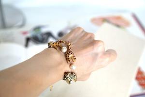 Woody animals bracelet