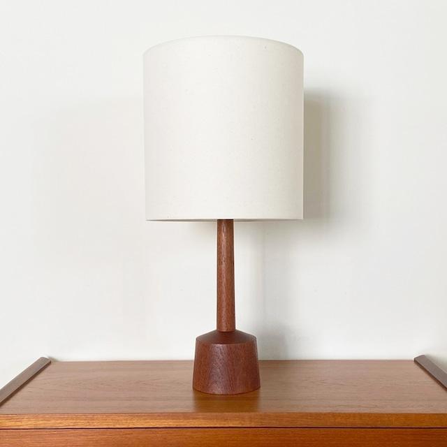 Table lamp / LI032