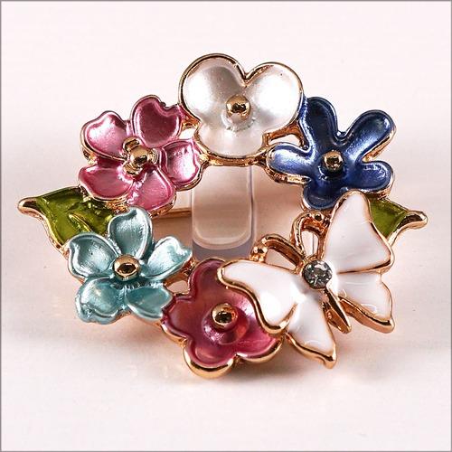 2018秋冬新作 キラキラ☆ブローチ リース 花 蝶 ファッション 母の日 ギフト 贈り物