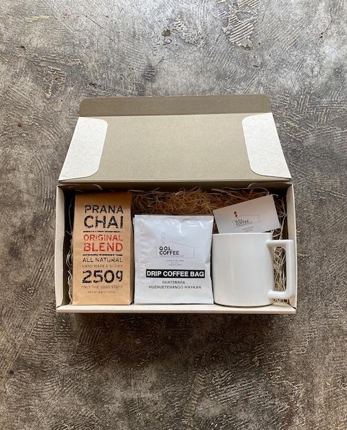 GIFT BOX ③