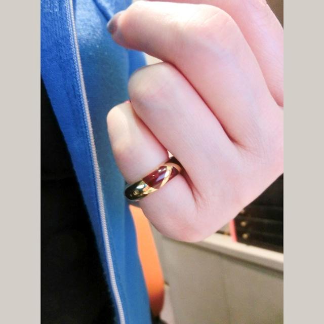 K18ゴールドとレジンのリング フランス