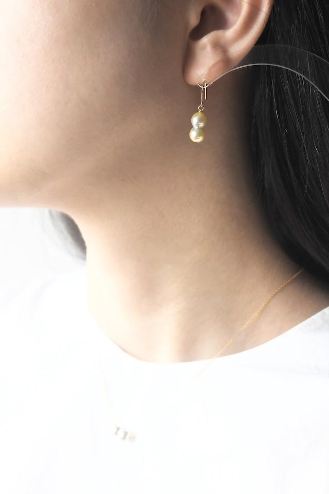 K18YG Akoya Twins Pearl Earrings 18金アコヤ双子真珠ピアス/イヤリング(ゴールド)