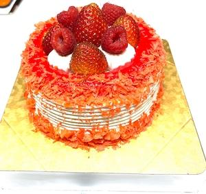 イチゴサンド誕生日ケーキ