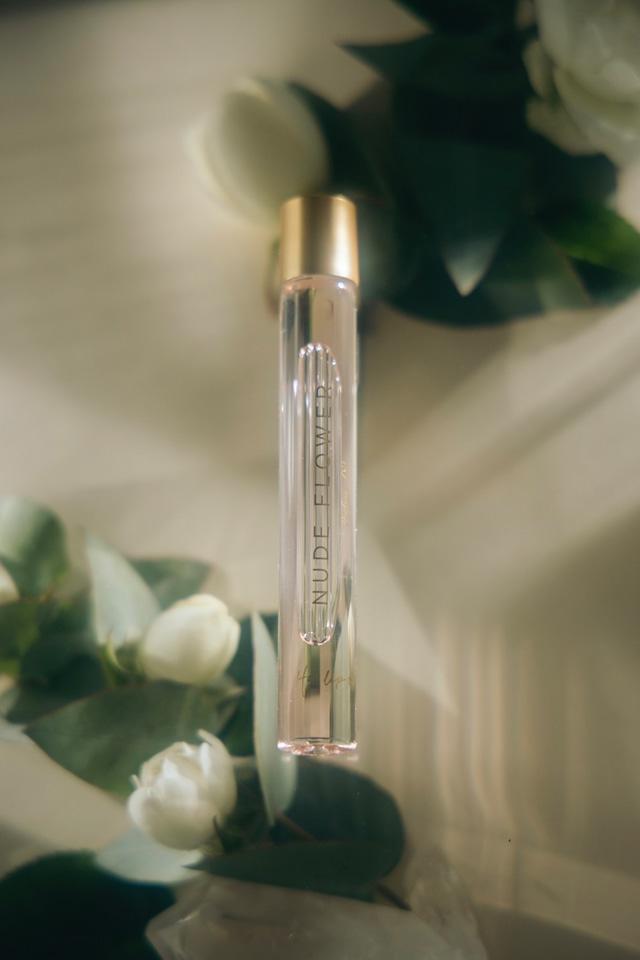 Roll-on Perfume Oil - NUDE FLOWER -