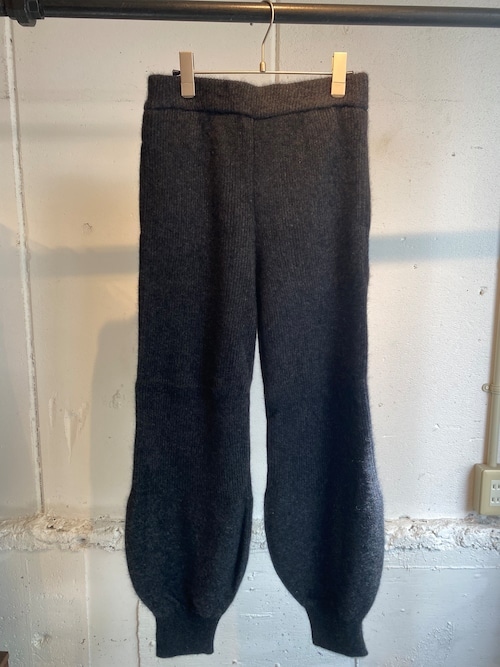 FUMIE=TANAKA    raccoon knit pants