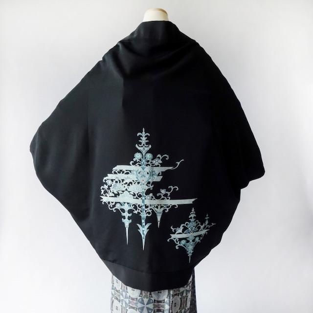 モモンガKIMONO羽織(青華菊模様)黒絵羽織着物リメイク