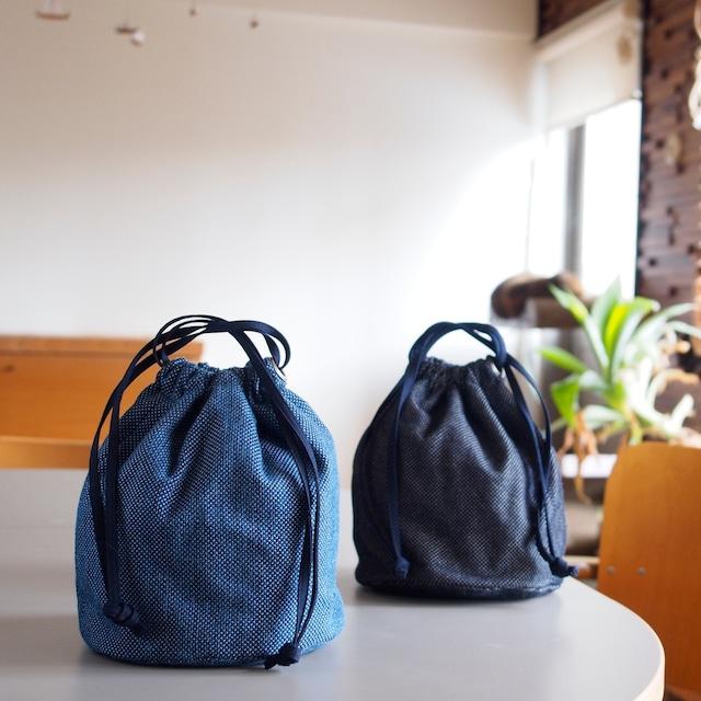 うしじま縫製 | 武州正藍染 巾着バッグ 大(内側 仕切りあり) 一重刺子