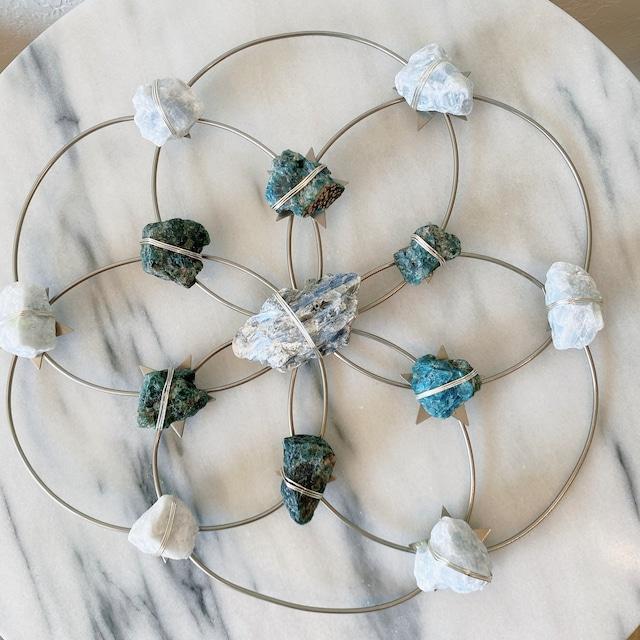 Ariana Ost Flower of Life Crystal Grid - Tranquility- Silver Blue Ombre Ariana Ost-Large クリスタルグリッド フラワーオブライフ シルバーブルー ハンギング  インテリア雑貨