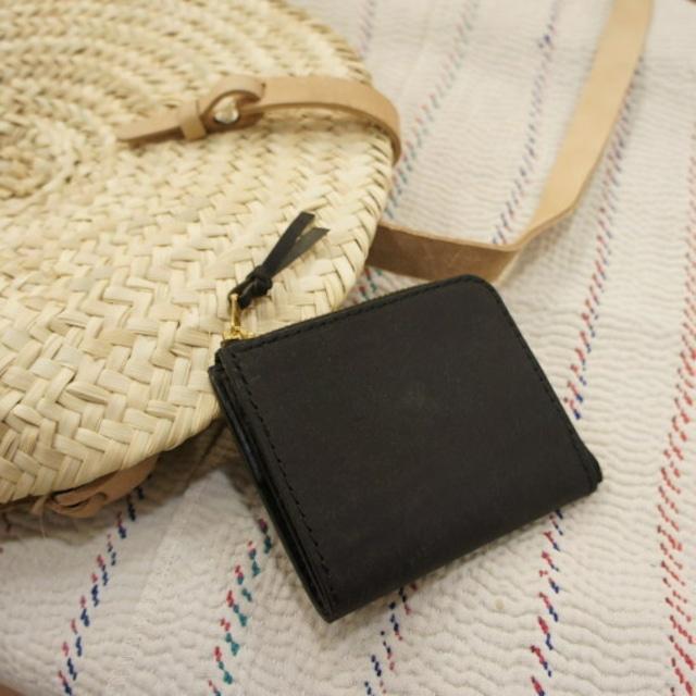 SARANAM (サラナン) プエブロレザーL字コンパクト財布 ブラック