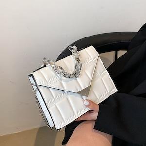 【バッグ】シンプル無地斜め掛けマグネットバッグ53693054