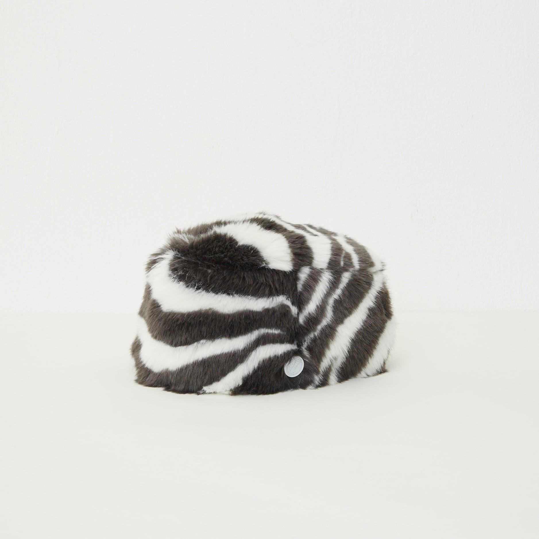 《eLfinFolk 2021AW》Zebra fur toque HAT  by CA4LA / zebra / 58cm