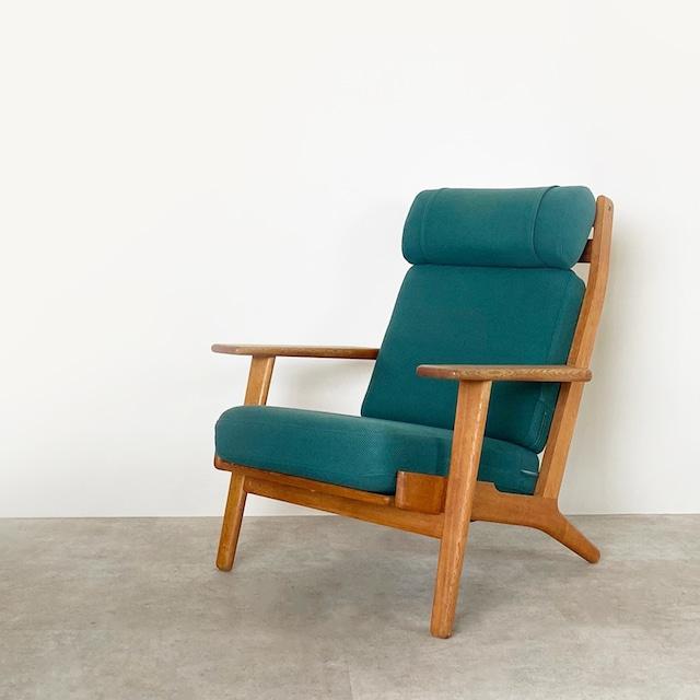 GE290A High back chair by Hans J Wegner / CH006 ** before repair **