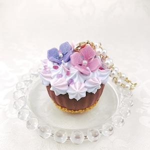 紫陽花カップケーキのバッグチャーム