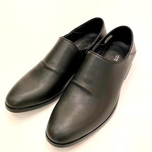 Water Repellent Finished Slip-On Shoes Black