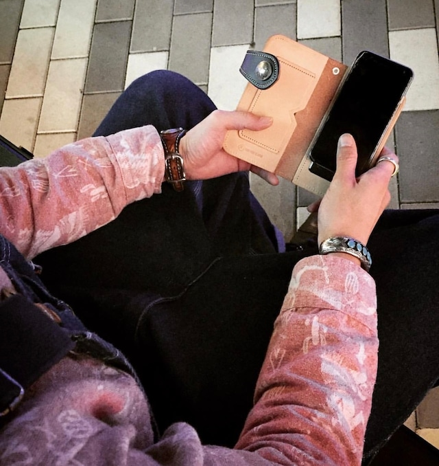携帯電話カバー アイレスト#6 フリースタイル カウハイド
