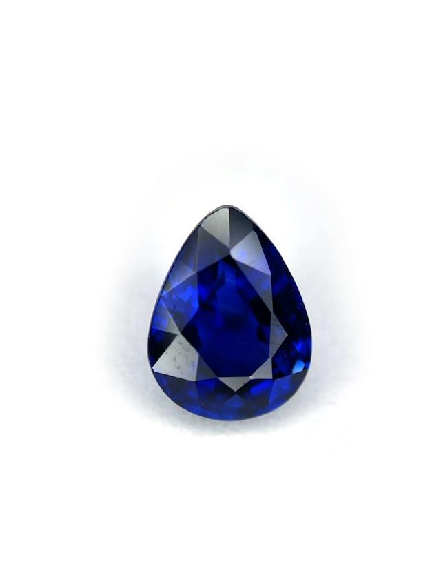 群青の輝き ロイヤルブルーサファイア 1.019ct