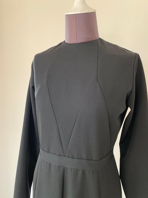 Gored long dress / Wool Black