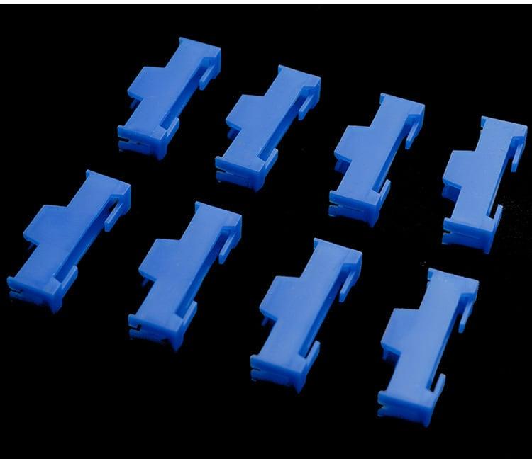 割引価格◆サーボ延長コードコネクターロック抜け止め 8個セット ブルー or レッド
