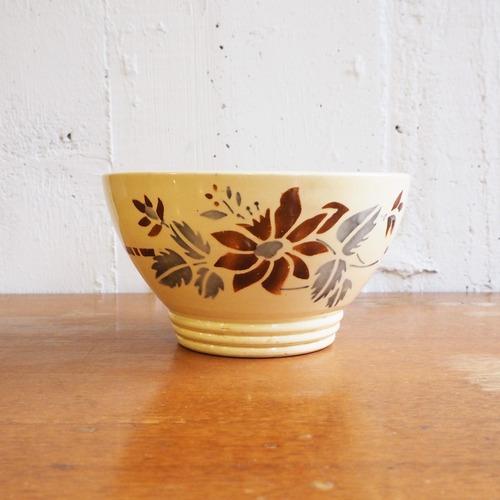 Digoin(ディゴワン)の花のカフェオレボウル