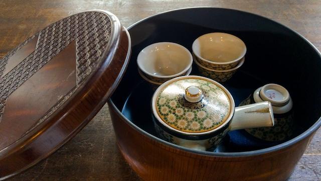 九谷焼の茶器たち