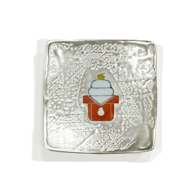 銀彩赤絵鏡餅 角豆皿