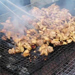 【送料無料!!】純国産「もみじ鶏」炭火焼き 塩味2個、特タレ味2個/計4個セット