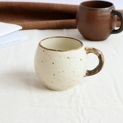 磁器 アイボリーのタルマグカップ【SL-0077_MP】