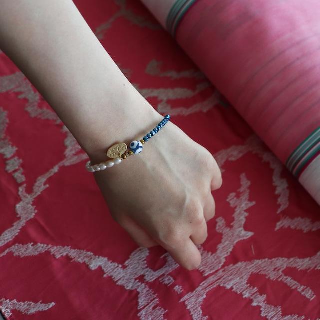 三眼天珠ブレスレット:ブルーヘマタイト ×パール 【ゴールド】: TB3EBHLP10