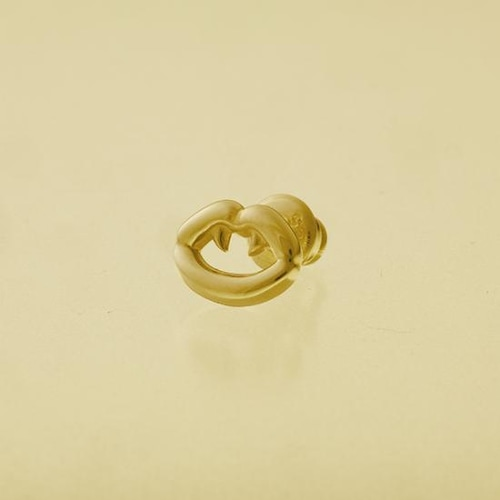 Fang Pierce Gold
